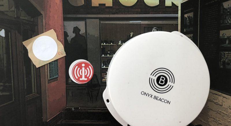 Beacon, NFC-Tags und Stationsbild